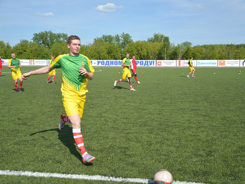 Звезды КХЛ и Евгений Кузнецов приедут в Копейск на товарищеский матч по футболу